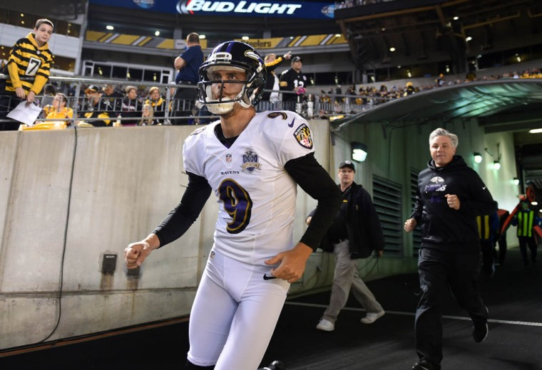 Baltimore Ravens kicker Justin Tucker entering the field prior to the start of the Ravens game against the Steelers at Heinz Field in Pittsburgh. (Kenneth K. Lam/Baltimore Sun)