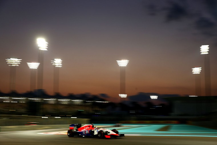 Will Stevens of Great Britain and Manor Marussia drives during practice for the Abu Dhabi Formula One Grand Prix at Yas Marina Circuit on November 27, 2015 in Abu Dhabi, United Arab Emirates. (Photo by Clive Mason/Getty Images)