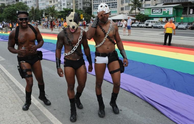 Brazil gay Nude Photos 14