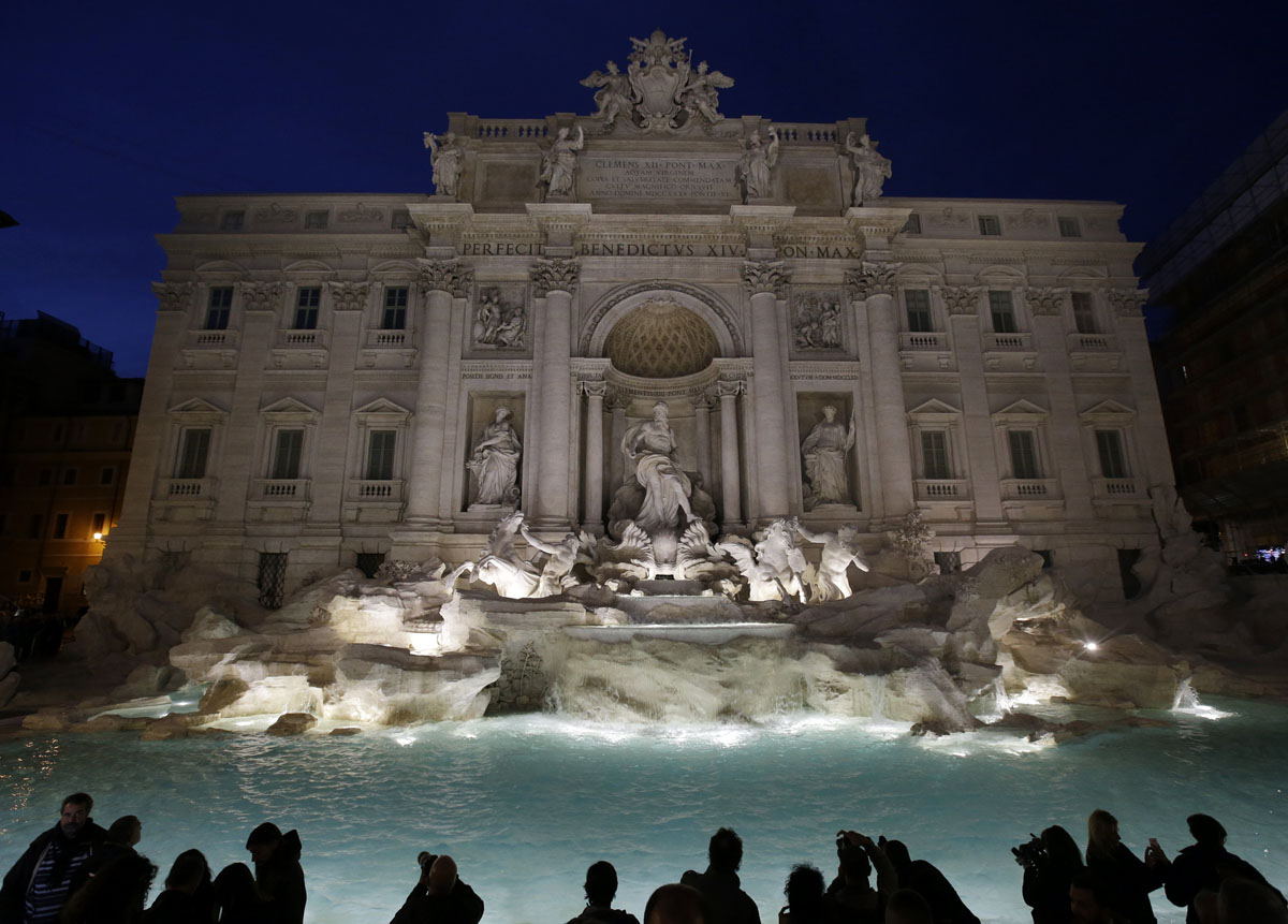 Rome's Trevi Fountain restored