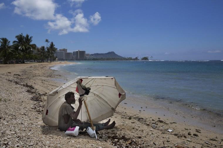 descriptive essay tropical island