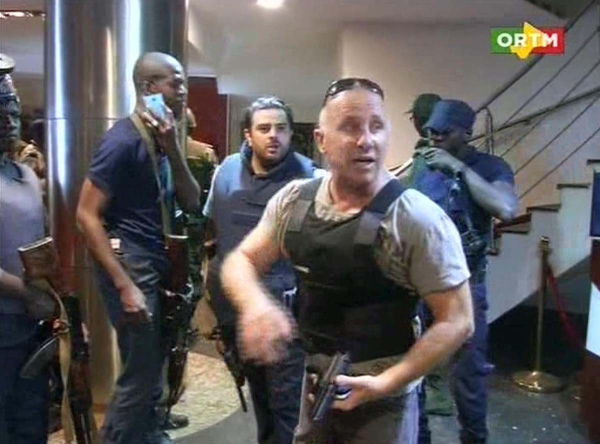 Gunmen seize hostages in Mali hotel attack
