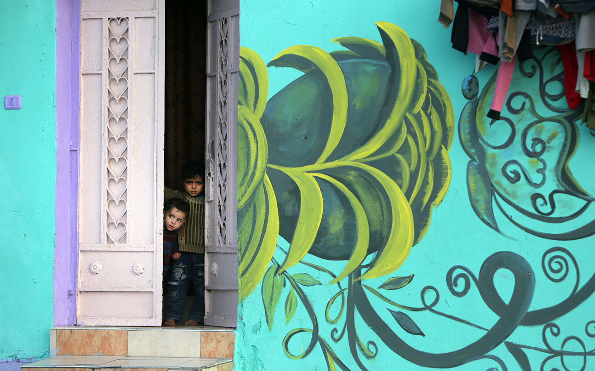 Street art campaign brightens Palestinian refugee camp