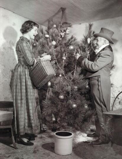 These are Christmas costumes in Glen Rock, Pennsylvania in 1949. (A. Aubrey Bodine/Baltimore Sun)