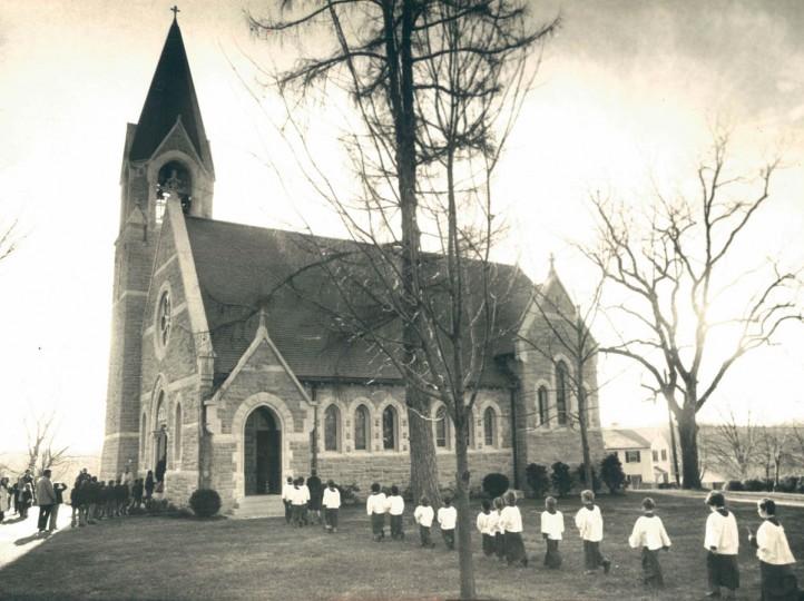McDonogh School boys file into the chapel to participate in the school's Christmas program in 1974. (Clarence B. Garrett/Baltimore Sun)