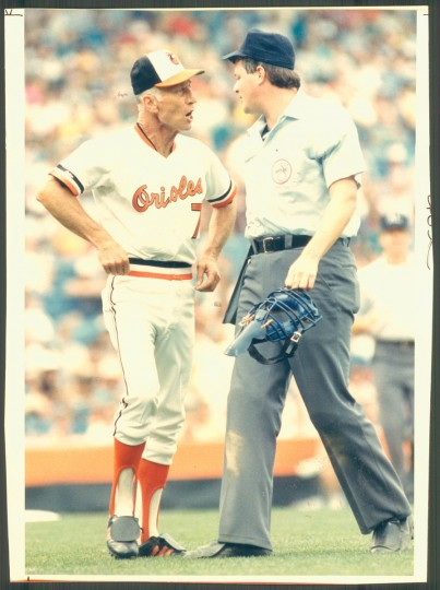 Cal Ripken Sr. argues with an umpire on July 27, 1987. (Baltimore Sun photo)