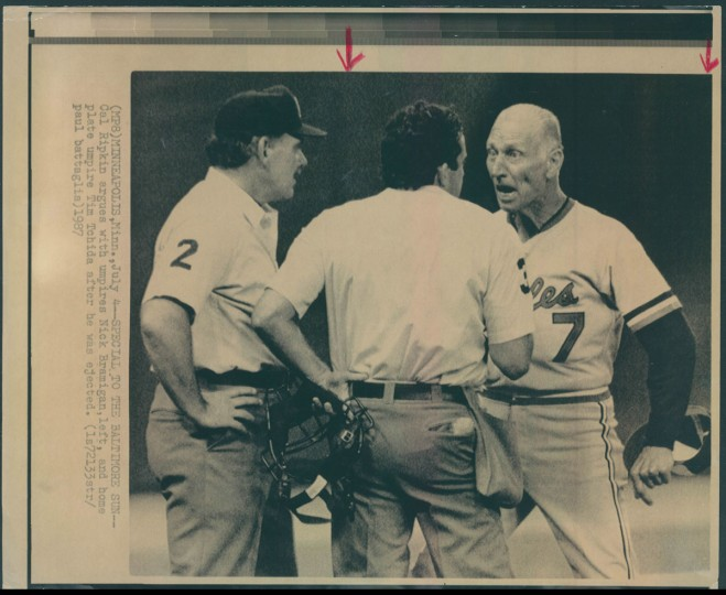 Cal Ripken Sr. argues with umpires on July 5, 1987. (Baltimore Sun photo)