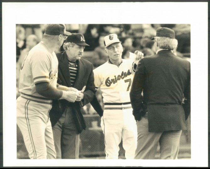 Cal Ripken Sr. brings out the lineup card. (Baltimore Sun photo by Gene Sweeney Jr.)