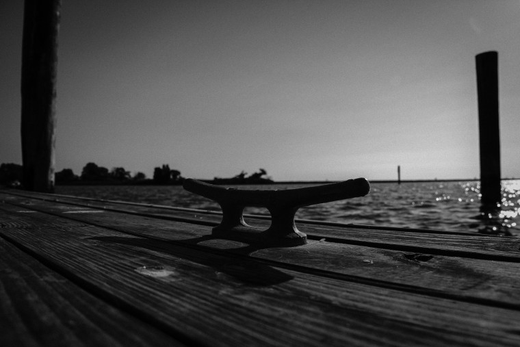 dock  bw (1 of 1)