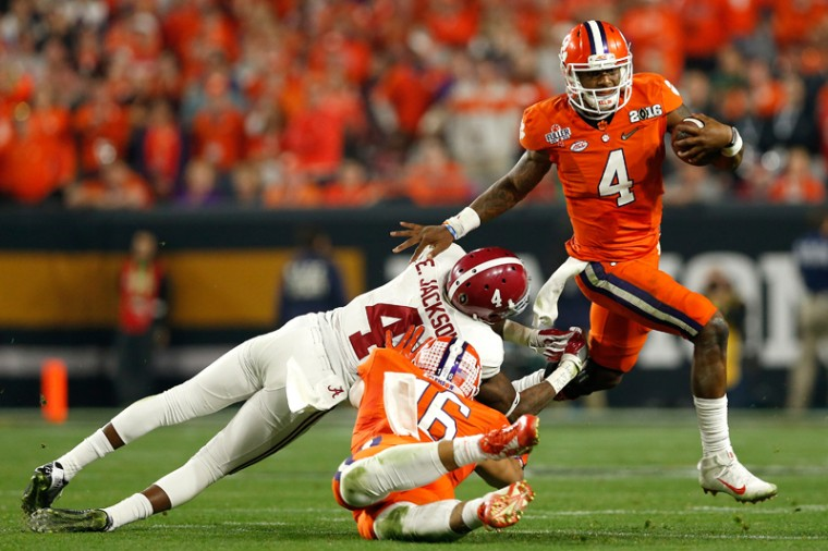 Deshaun Watson of the Clemson Tigers runs the ball against the Alabama Crimson Tide during the 2016 College Football Playoff National Championship Game at University of Phoenix Stadium on Monday in Glendale, Arizona.  (Christian Petersen/Getty Images)