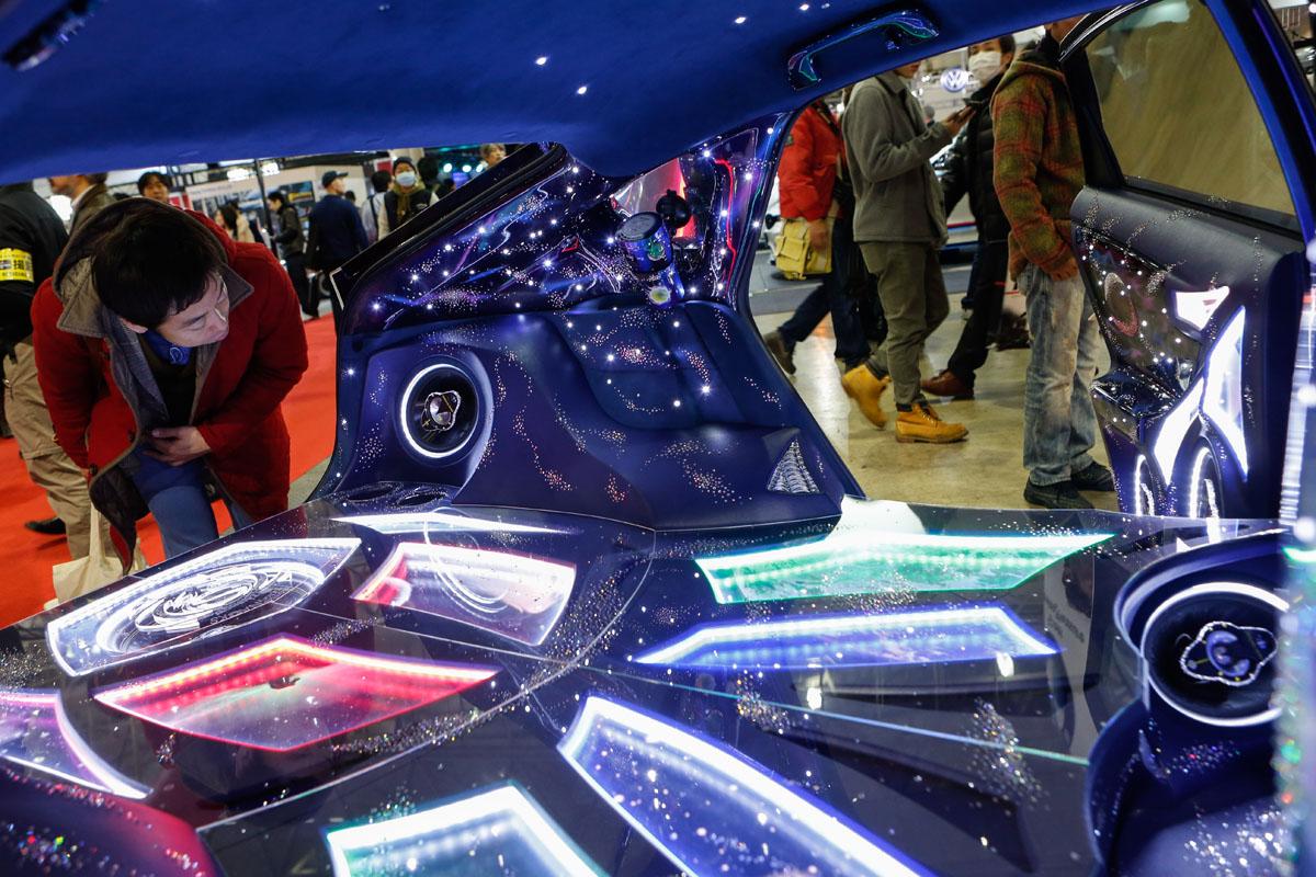 2016 tokyo auto salon car show. Black Bedroom Furniture Sets. Home Design Ideas