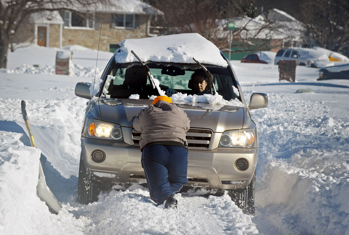 25 of our favorite snow photos from the baltimore area blizzard. Black Bedroom Furniture Sets. Home Design Ideas