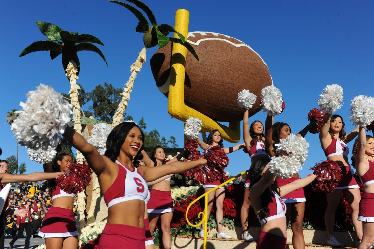 The Rose Bowl Stanford University float moves down Colorado Boulevard in the 127th Rose Parade in Pasadena, Calif., Friday, Jan. 1, 2016.(AP Photo/Michael Owen Baker)