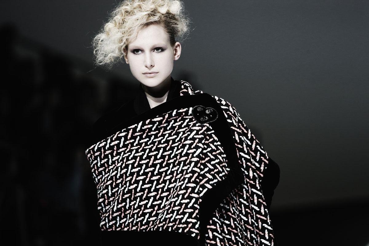highlights from milan fashion week. Black Bedroom Furniture Sets. Home Design Ideas
