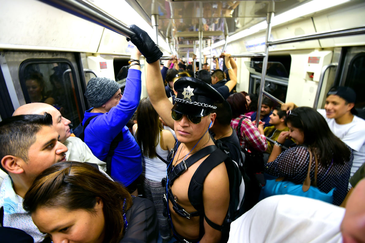 'No Pants Subway Ride' hits Mexico City