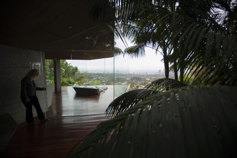 Tropical foliage surrounds the master bedroom of the John Lautner-designed home. (DAVID MCNEW/AFP/Getty Images)