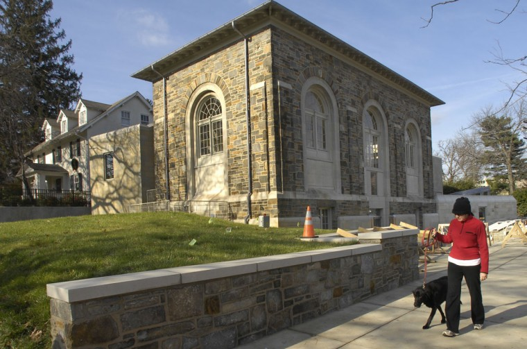 The Roland Park branch of the Enoch Pratt Free Library will reopen on Monday, following a two-year, $5.3 million renovation and expansion. The library space was doubled, and many new amenities have been added. (December 14, 2007, Baltimore Sun Photo/Amy Davis)
