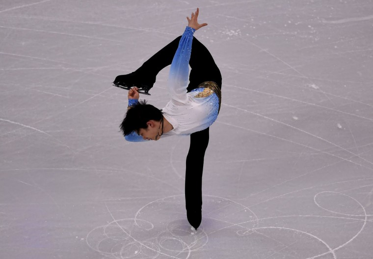Yuzuru Hanyu of Japan skates during the Mens Short Program at the ISU World Figure Skating Championships at TD Garden in Boston, Massachusetts, March 30, 2016. (Timothy A. Clary/AFP/Getty Images)