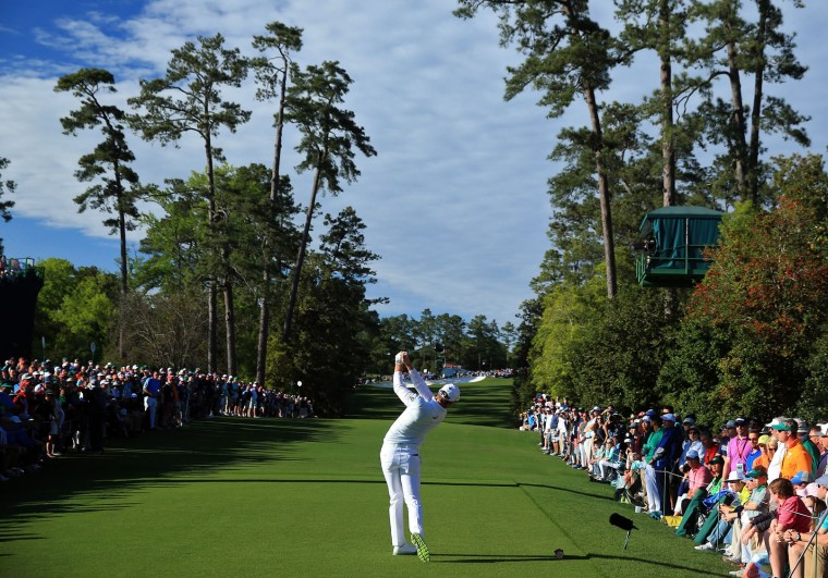 Danny Willett of England plays his shot from the 18th tee during the final round of the 2016 Masters Tournament at Augusta National Golf Club on April 10, 2016 in Augusta, Georgia. (Photo by David Cannon/Getty Images)