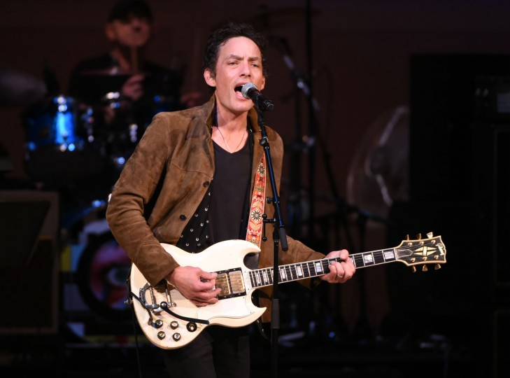 Musician Jakob Dylan performs at The Music of David Bowie tribute concert at Carnegie Hall on Thursday, March, 31, 2016, in New York. (Photo by Evan Agostini/Invision/AP)