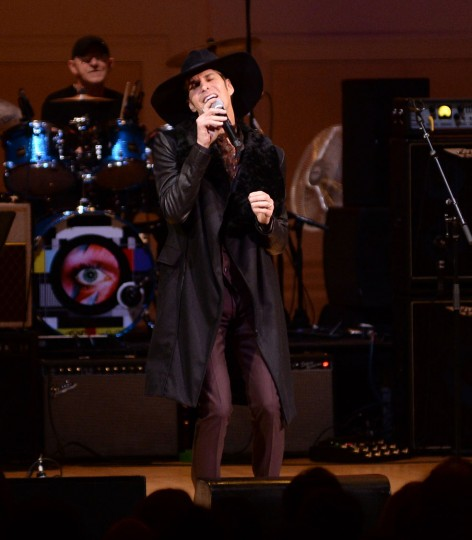 Perry Farrell performs at The Music of David Bowie tribute concert at Carnegie Hall on Thursday, March, 31, 2016, in New York. (Photo by Evan Agostini/Invision/AP)