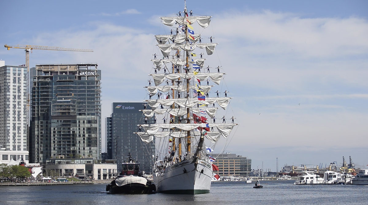 The Mexican Navy's Cuauhtémoc arrives in Baltimore's Inner Harbor