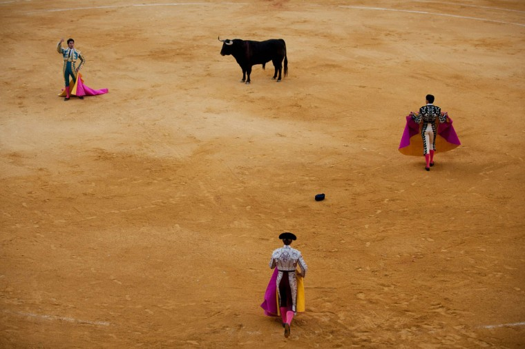Spanish matador Cayetano Rivera acknowledges the crowd during the Corpus bullfight festival at the bullring of Granada on May 25, 2016. (JORGE GUERRERO/AFP/Getty Images)