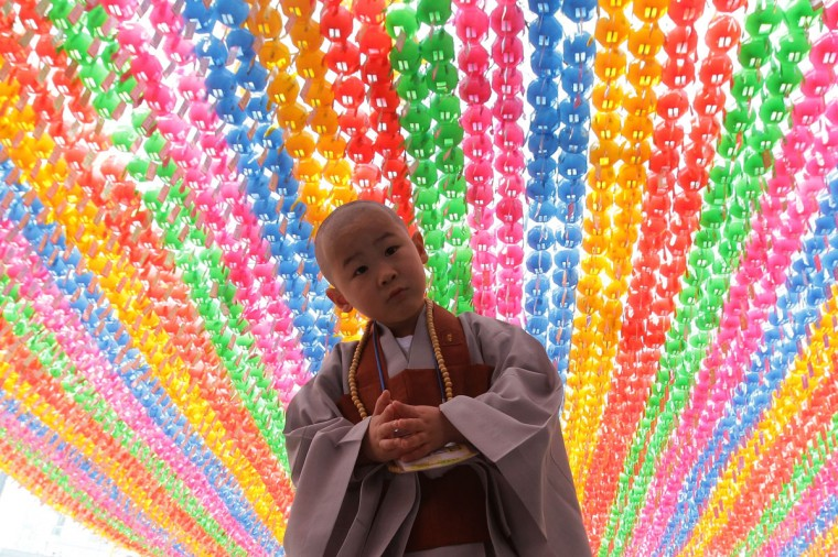 A child attends the 'Children Becoming Buddhist Monks' ceremony ahead of Buddha's birthday at a Chogye temple on May 2, 2016 in Seoul, South Korea. (Photo by Chung Sung-Jun/Getty Images)