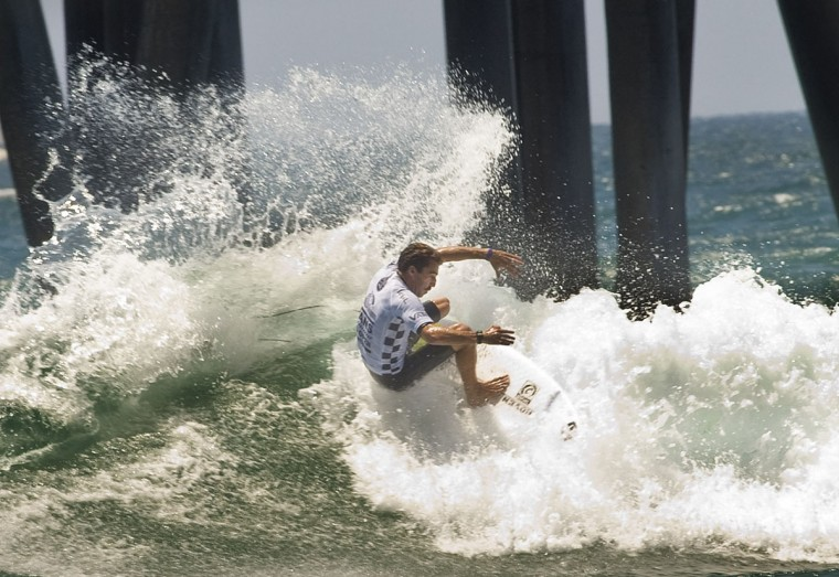 Surfer Nate Yeomans takes second place in round two of the U.S. Open of Surfing competition on Tuesday, July 26, 2016 in Huntington Beach, Calif. (Mindy Schauer,/The Orange County Register via AP)