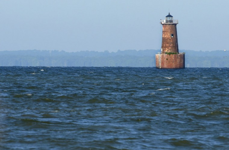 Bloody Point Bar Lighthouse as seen from the southernmost point of Kent Island marks the entrance to the Eastern Bay. The lighthouse is visible from Kent Point Marina Bait House & Seafood. (Algerina Perna/Baltimore Sun)