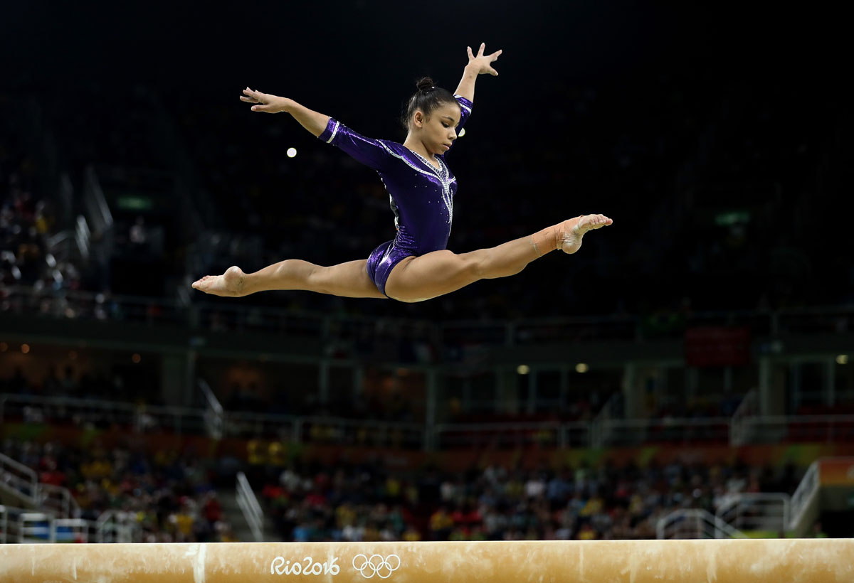 Sanne Wevers edges Laurie Hernandez, Simone Biles in ... Balance Beam Gymnastics Olympics