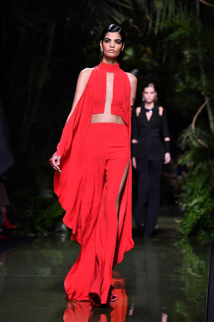 balmain runway paris fashion week womenswear spring summer 2017. Black Bedroom Furniture Sets. Home Design Ideas