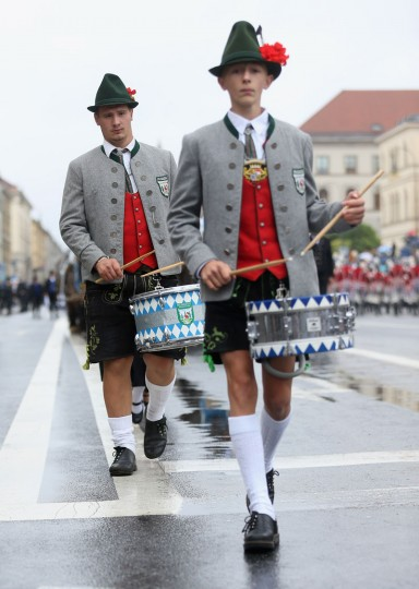 Members of a riflemen's association participate in the traditional Bavarian riflemen's parade during day 2 of the Oktoberfest 2016 beer festival on September 18, 2016 in Munich, Germany. The 2016 Oktoberfest is taking place under heightened security due to fears over international terrorism. The fest will be open to the public through October 3. (Photo by Johannes Simon/Getty Images)