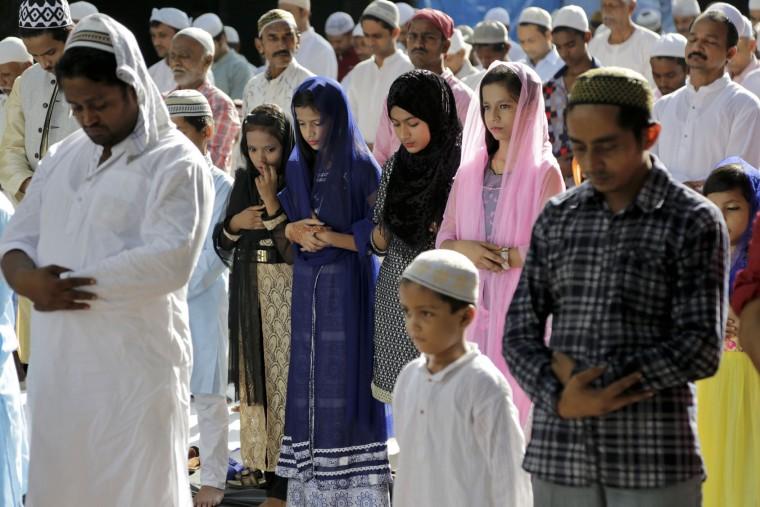 APphoto_India Eid Al Adha