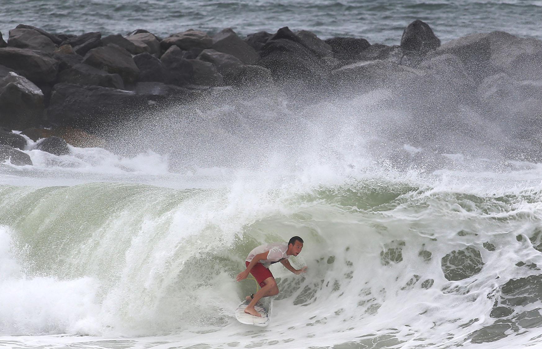 Hurricane hermine bears down on florida s gulf coast for Surf fishing panama city beach
