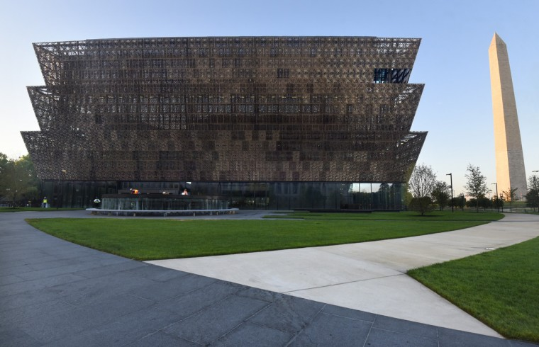 ae-national-african-american-museum-p-hairston