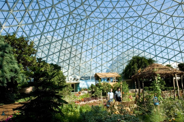 "The trust says Milwaukee's Mitchell Park domes, which house conservatories, are an ""engineering marvel, and a nationally significant example of Midcentury Modern architecture."" (Brian Moore/CC BY-SA 2.0)"