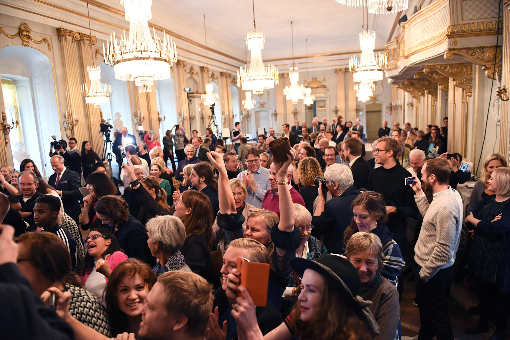 nobel prize in literature The swedish academy, the organization that doles out the nobel prize in literature, appears to be coming apart at the seams following allegations of sexual and financial misconduct the economic crime unit of the swedish police today said it has launched an investigation into the body, for.