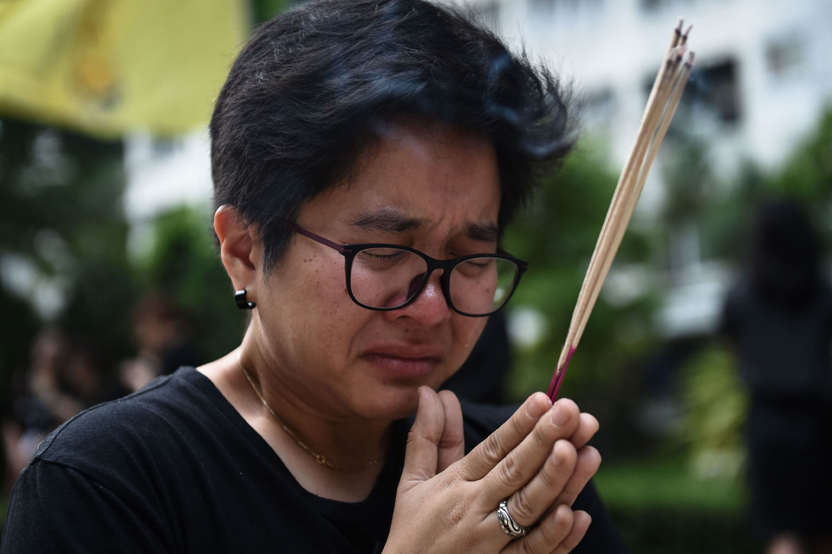 Thailand enters year-long mourning period following death of king