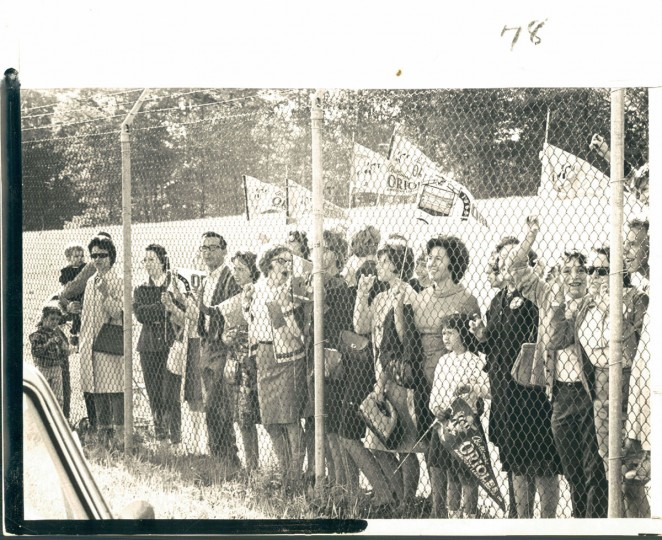 On October 4, 1966, days before the win, fans had gathered at Friendship Airport to give the Orioles a sendoff on their way to Los Angeles. (William L. LaForce / Baltimore Sun)