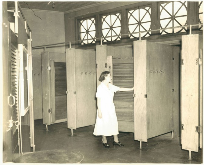 Eastern Avenue Public Baths, photo dated 1939. (Baltimore Sun)