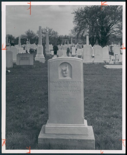 Grave of Moses Sheppard, July 7, 1957. (Bodine/Baltimore Sun)
