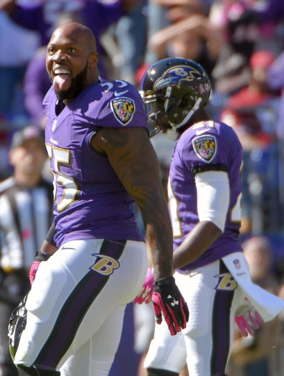 Baltimore, MD -- 10/09/2016 -- Baltimore Ravens outside linebacker Terrell Suggs reacts following a play against the Washington Redskins during the second quarter in Baltimore. (Karl Merton Ferron / Baltimore Sun)