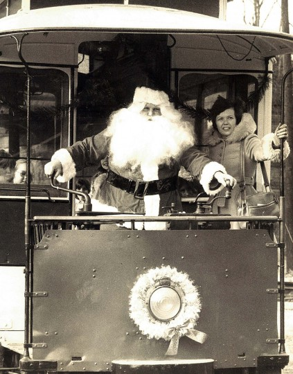 This street bound Santa Claus greeted visitors at the Baltimore Street car Museum on Falls road in 1976, in one of the museum s historic streetcars with a bag of gifts for the day special guests children from the Salvation Army s Day Nursery School. (William Mortimer/Baltimore Sun)
