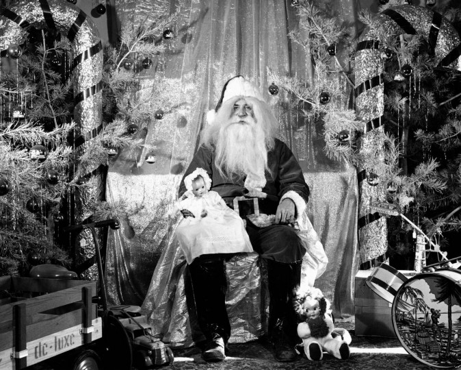 Santa is seen at Santa Heim in Savage, MD in 1948. (Frank P. Kalita/Baltimore Sun)