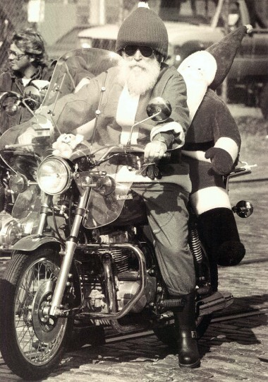 Al Koch of Aberdeen is Santa Claus during Operation Santa Claus toy ride in 1988. (Patrick Sandor/Baltimore Sun)