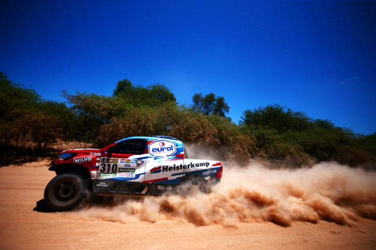 Erik Van Loon of the Netherlands and Toyota Overdrive / Van Loon Racing drives with co-driver Wouter Rosegaar of the Netherlands in the Hilux Overdrive Toyota car in the Classe : T1.1 : 4x4 Tout-Terrain Modifies Essence during stage two of the 2017 Dakar Rally between Resistencia and San Miguel de Tucuman on January 3, 2017 at an unspecified location in Argentina. (Dan Istitene/Getty Images)