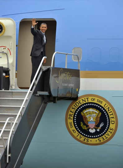 June 12, 2012 -- President Barack Obama boards Air Force One at a cargo terminal at BWI Airport after campaign stops in Baltimore and Owings Mills. (Amy Davis/Baltimore Sun)