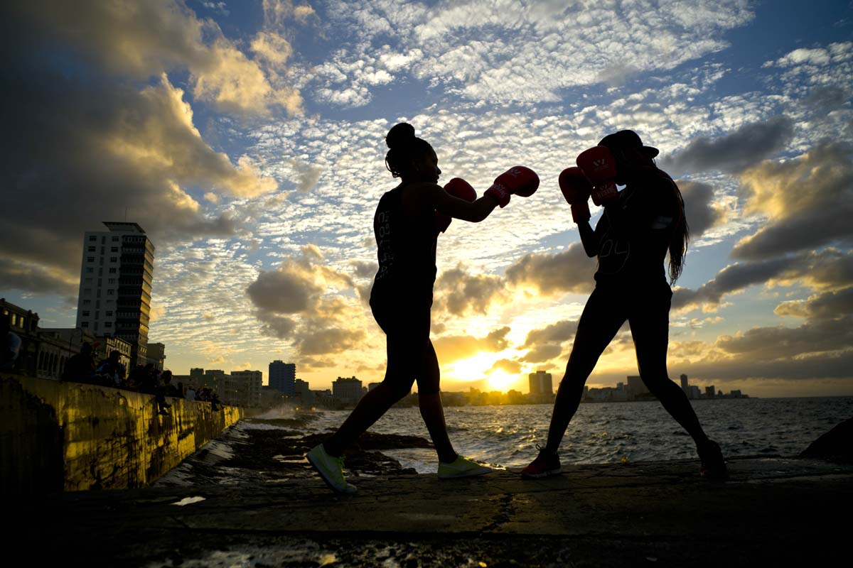 Forming Cuba's first women's boxing team