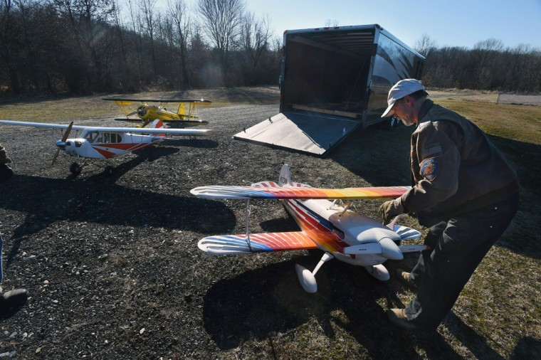 Arthur Pearce, of Bel Air, transports three 1/3 scale model airplanes with a race car trailer. (Kenneth K. Lam/Baltimore Sun)